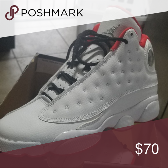 Jordan retro 13 size 4 in boys Brand