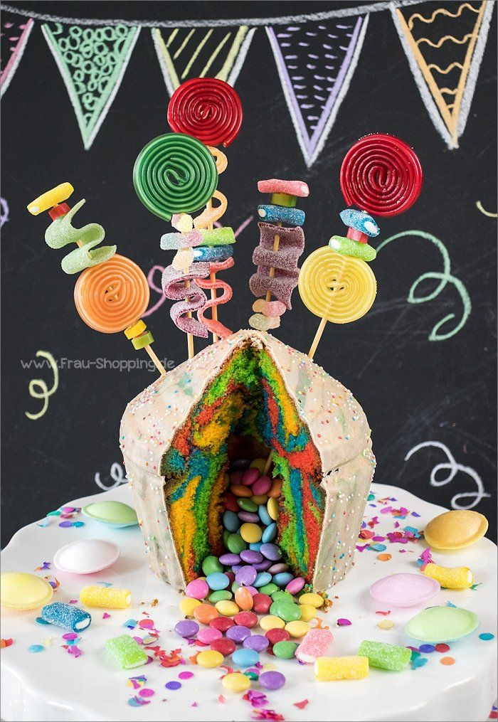 Photo of Bunter Piñata Kuchen zum Kindergeburtstag