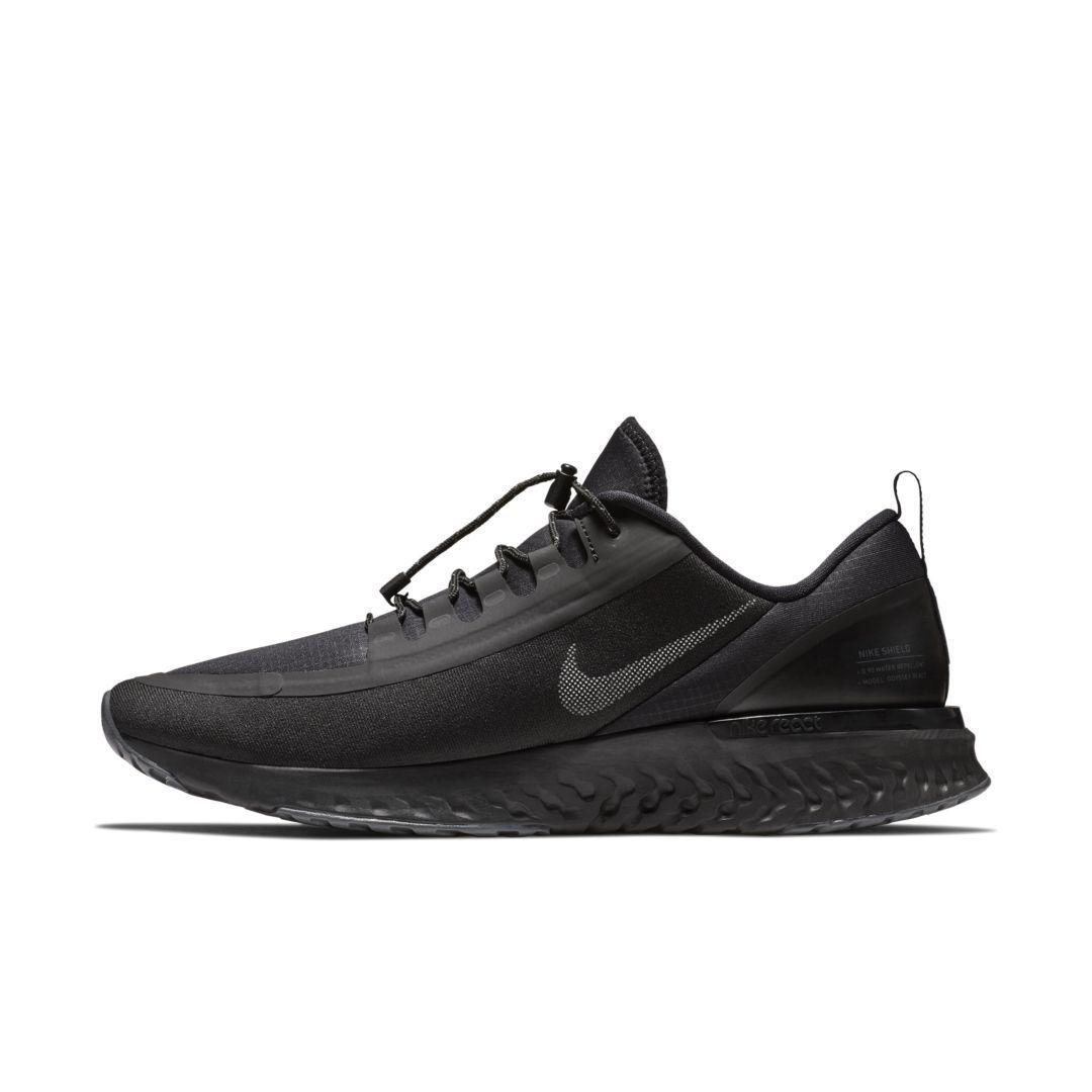huge selection of 26bbd d4404 Nike Odyssey React Shield Men s Running Shoe Size 8.5 (Black)