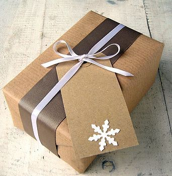 Handmade snowflake gift tag.