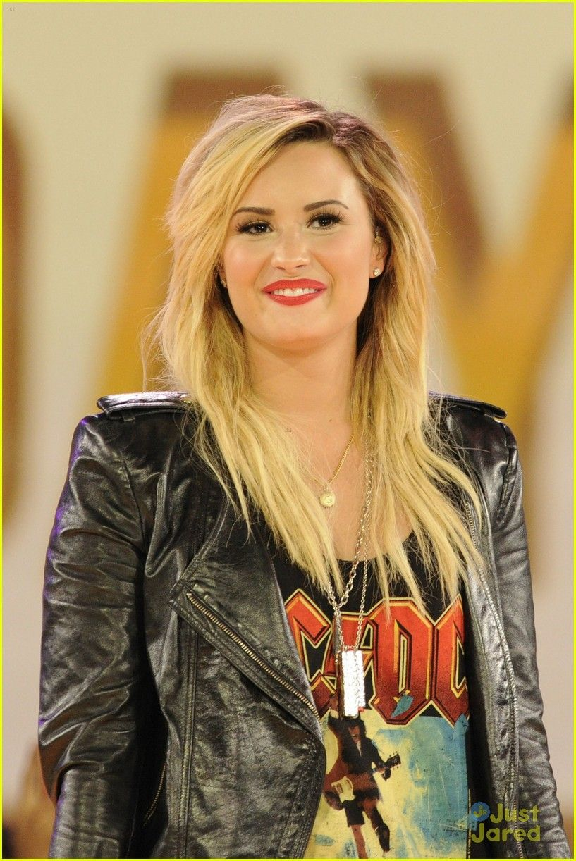 She is my inspiration i love her to death and would give i love her to death and would give anything to meet her3 m4hsunfo