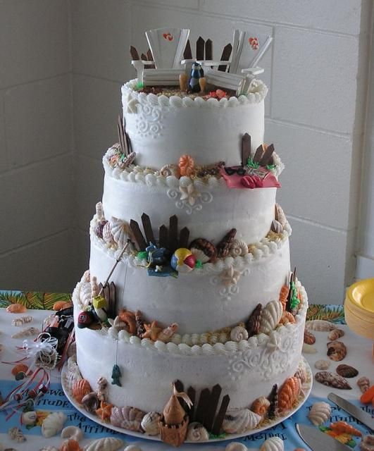 Beach Themed Wedding Cakes Can Look Classy And Elegant Or Fun Extravagant Description From