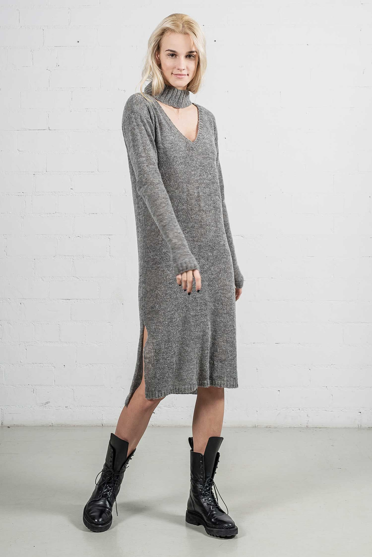 bc4b73caa8d Vestito mid length sweater dress has a straight silhouette and is knitted  from the finest alpaca