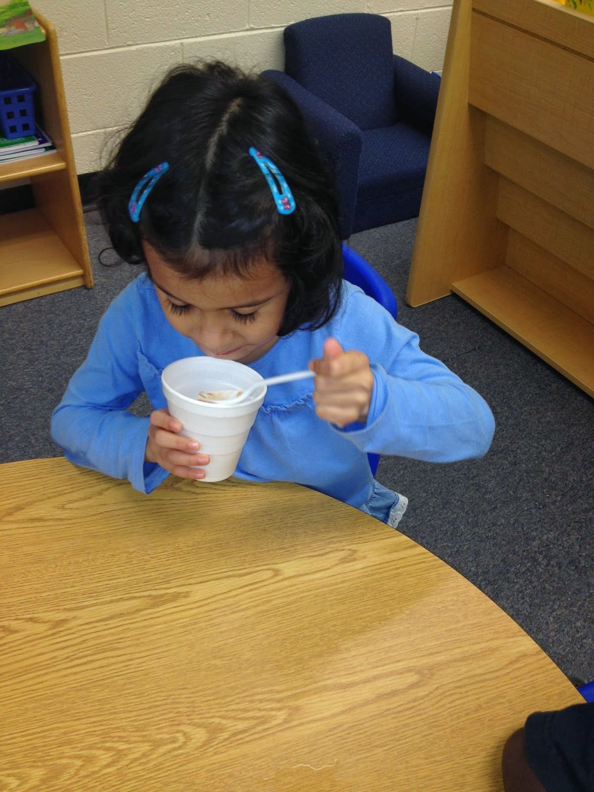 Crock pot applesauce in the classroom....Yummy