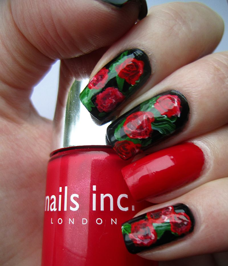 Valentine rose nail art nails art vintage roses handpainted red roses valentines manicure 40 examples of elegant nail art prinsesfo Choice Image