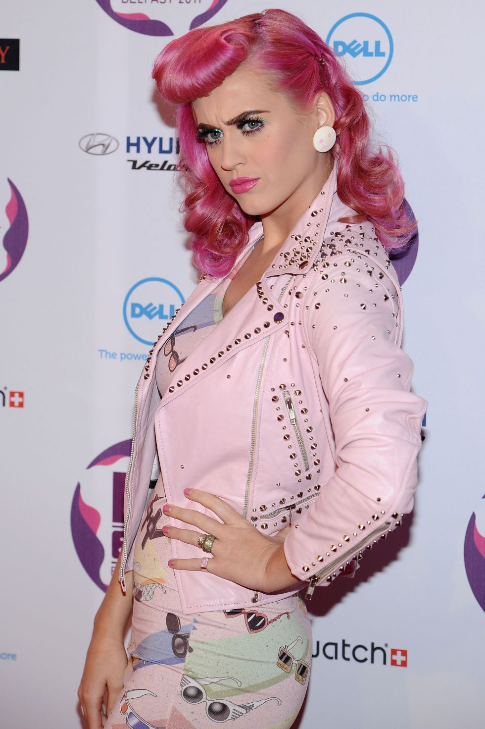 The Best Of Celebrities Trying To Make Pink Hair Happen Katy Perry Katy Perry Costume Katy Perry Katy Perry News