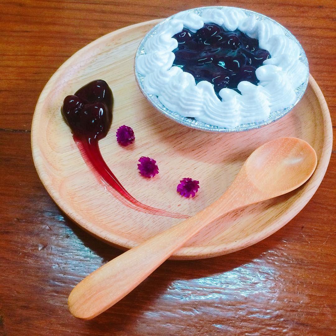 """""""Blueberry Cheese Pie"""" #blueberry #cheese #cream #creamcheese #pie #cheesepie #sweet #dessert #wippedcream"""
