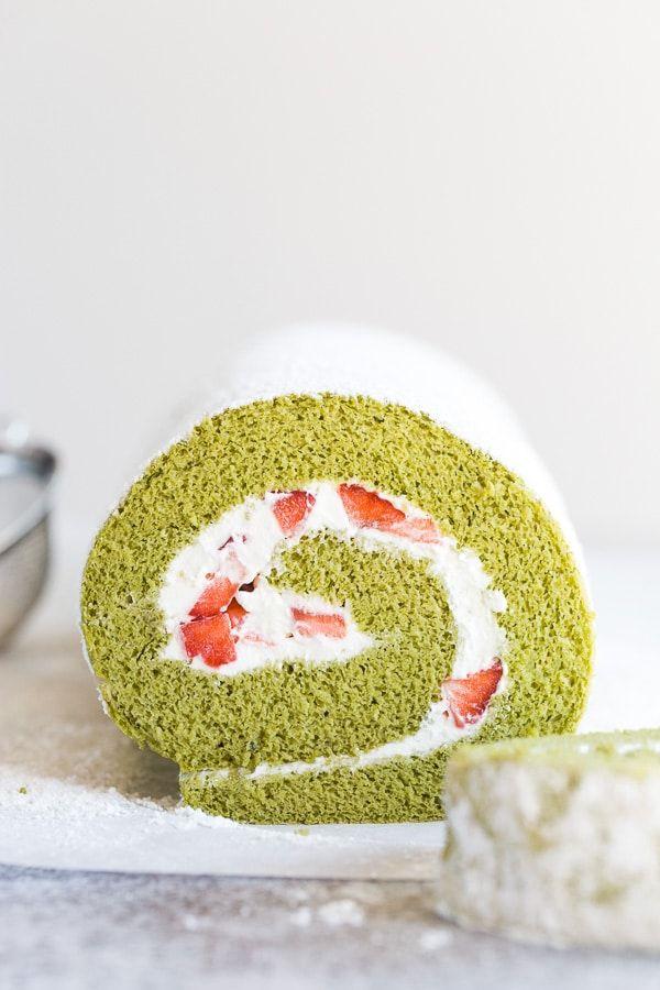 Strawberry Matcha Roll Cake ~Sweet & Savory
