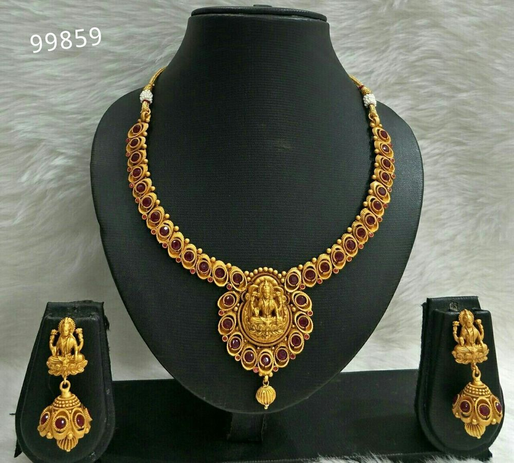 South Indian Gold God Pendant Red Stone Choker Necklace Traditional 1 Set Perhiasan India Ethnic Vardhamangoodwill Chain