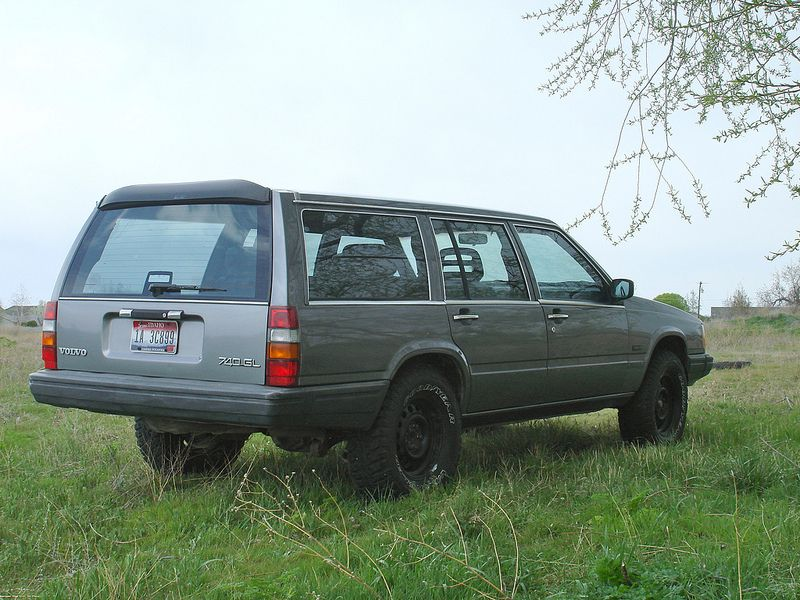 Slammed to lifted 740 wagon - Turbobricks Forums | Projects