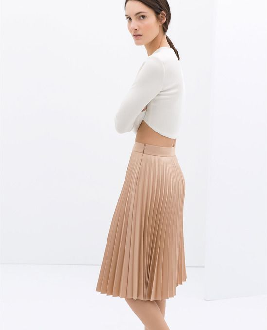efc3b7ac082 Winter - Fall Style : Nude Pleated Skirt + White Crop Top : Coated Pleated  Skirt by Zara