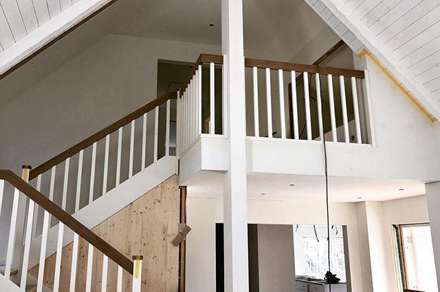 Schwedenhaus innen treppe  Unsere Treppe ist fertig 😜!! In meinem neusten Blogpost gibts ...