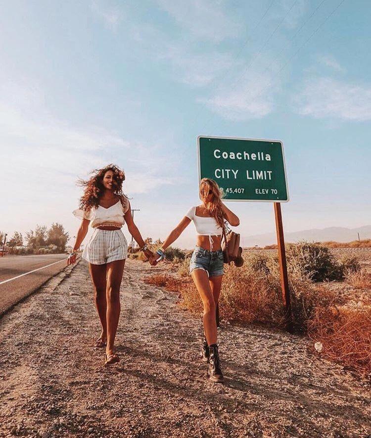 Mädchen, Freundinnen und Coachella Bild