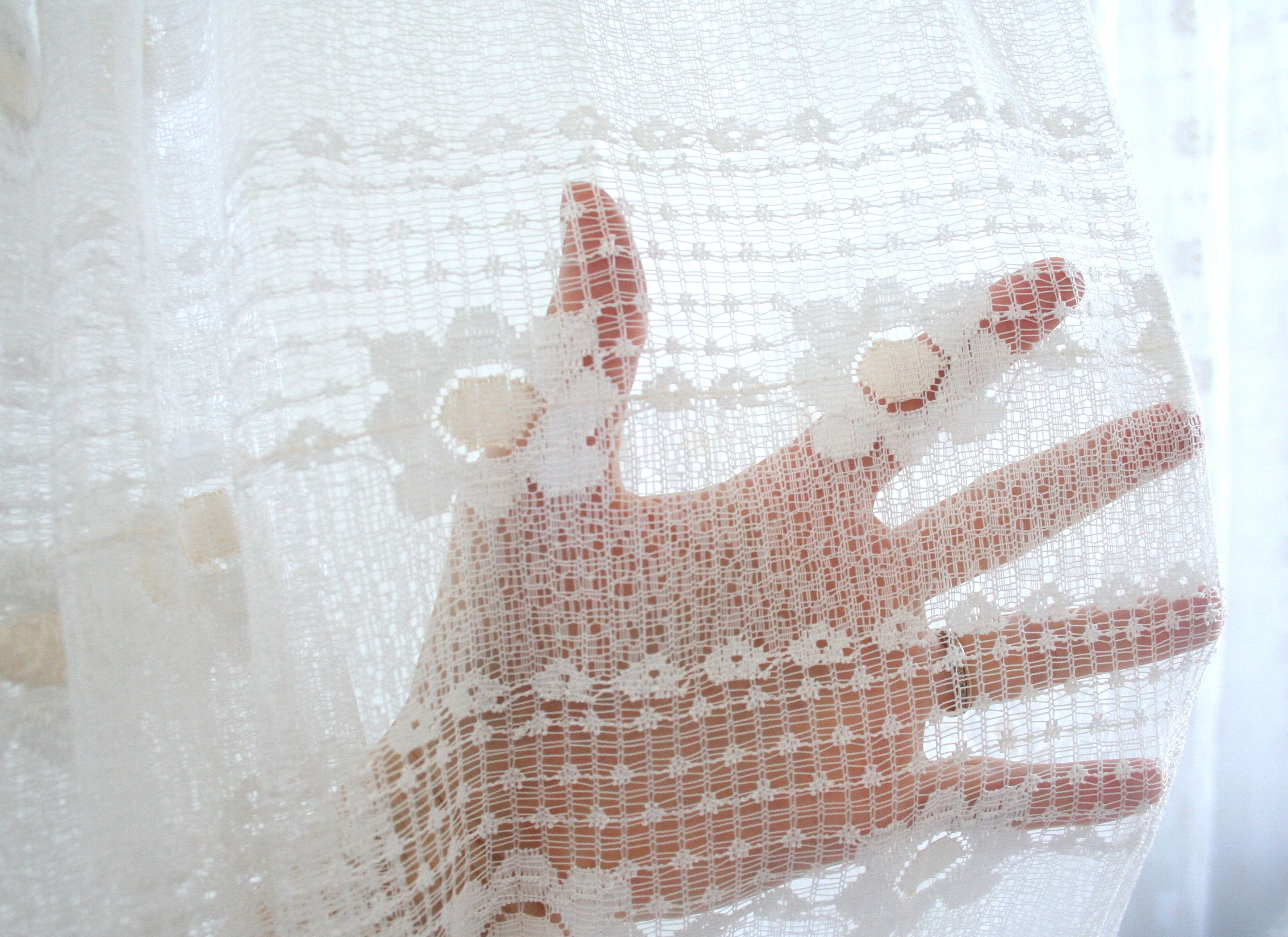 Vintage Bohemian Lace Curtain Panel Triple Pinch Pleat Daisy Window Valance Romantic White