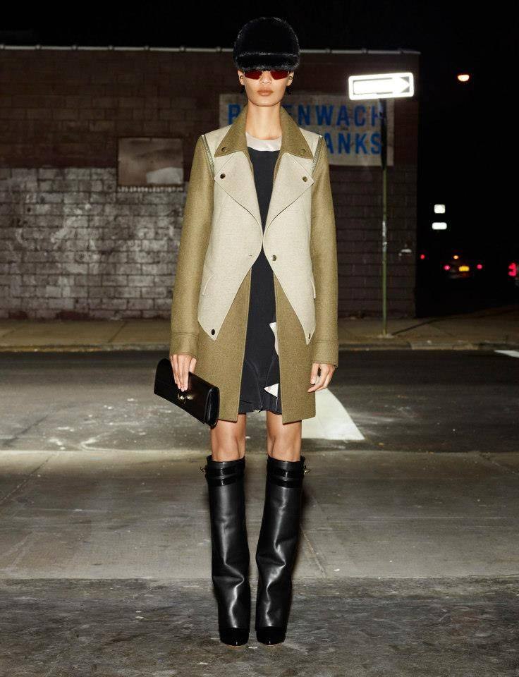 Givenchy double : felt coat with zip details + boots