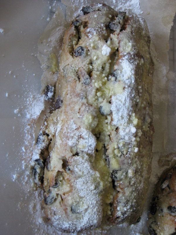 Stollen with icing sugar 2 Food baking and sweets Pinterest