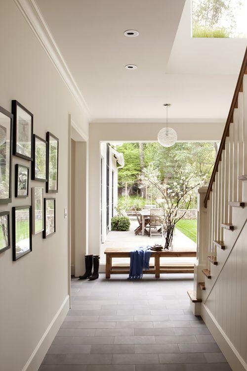 Architektonische stile große fenster modernes bauernhaus moderner landhausstil eingang treppe foyertreppe haus design familienzimmer