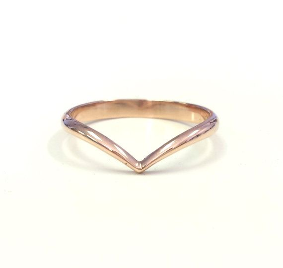 14kt Rose Gold Chevron Ring V shaped Wedding Band Arrow Ring