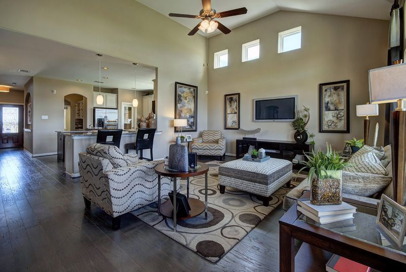 100 Plantain Dr Hutto Tx 2 5 Baths Home New Homes Large Open Kitchens