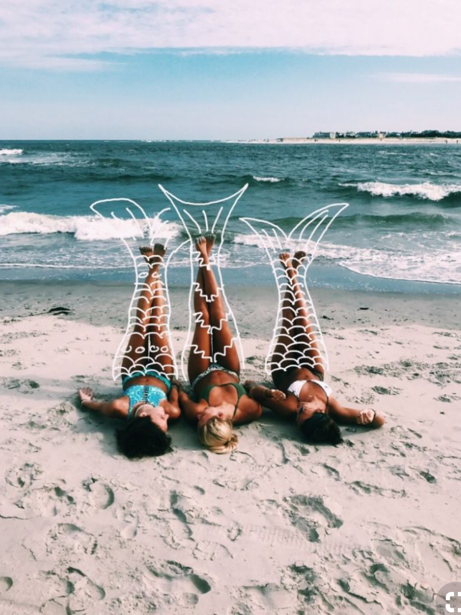 Pin by Adriana on That's Fun //   Beach pictures friends, Cute ...