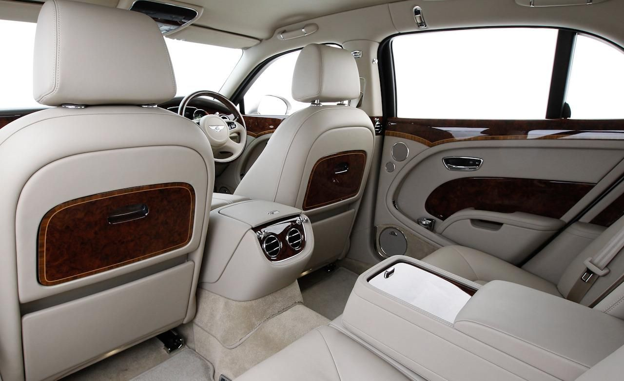 Bentley mulsanne the back seats comfortable bentley bentley mulsanne vanachro Images
