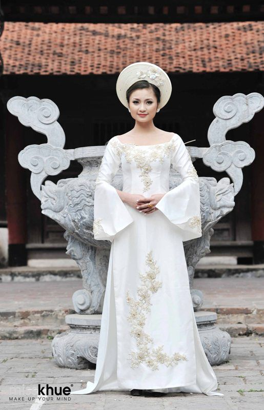 Vietnamese Wedding Dress Ao Dai Cuoi Cach Tan - WR489  72dcae656d50