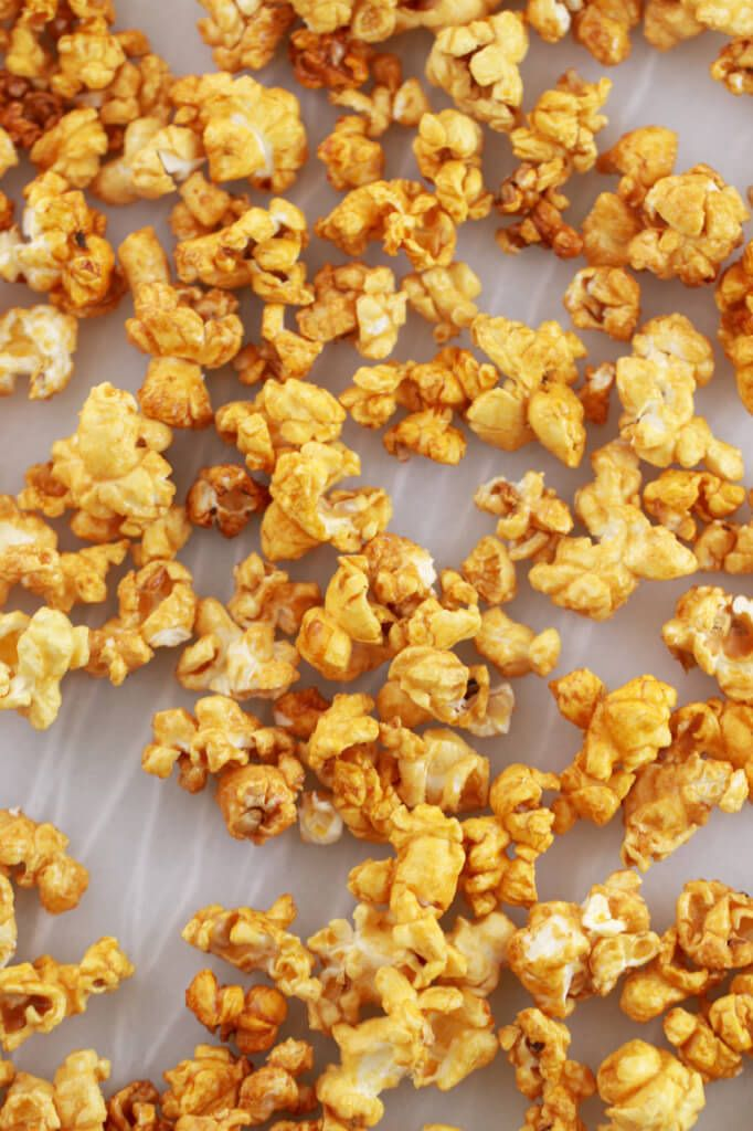 Homemade Microwave Caramel Popcorn Made In Minutes The Best Kind Of Fast Food It Is Low Fat Gluten Free Inexpensive And A Great Snack
