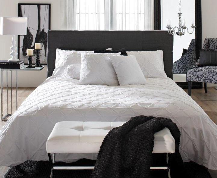 Bouclair chambre à coucher collection de literie akira visitez le www bouclair