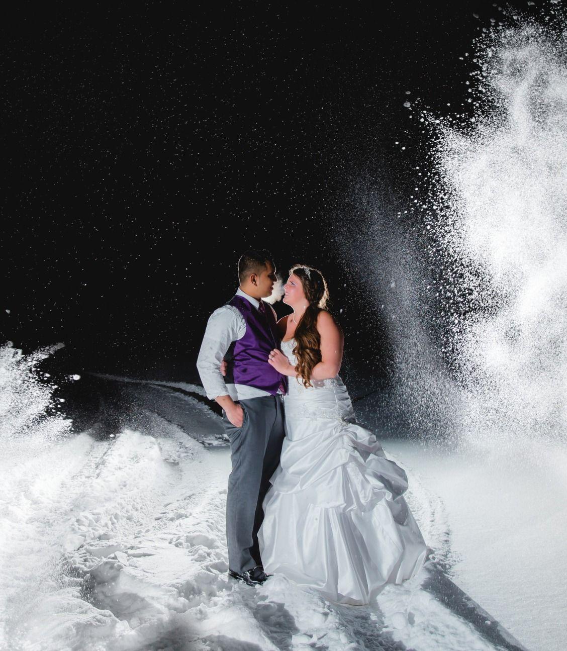 A winter wonderland!   Night wedding photos, Wedding ...