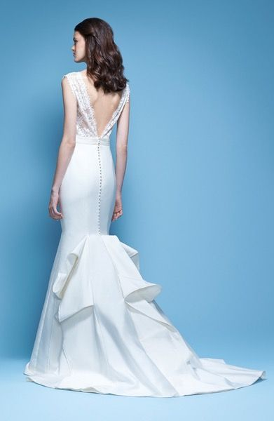 Main Image - Carolina Herrera Josette Sleeveless Lace & Mikado Mermaid Gown with Origami Fold Train (In Stores Only)