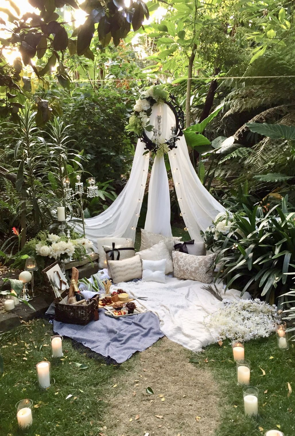 A Beautiful Styled Romantic Picnic For Two In A Secret Garden Setting Ready For A Surprise Marriage Proposal Ww Romantic Picnics Outdoor Decor Backyard Party