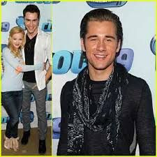 Luke Benward Good Luck Charlie Google Search Good Luck Charlie