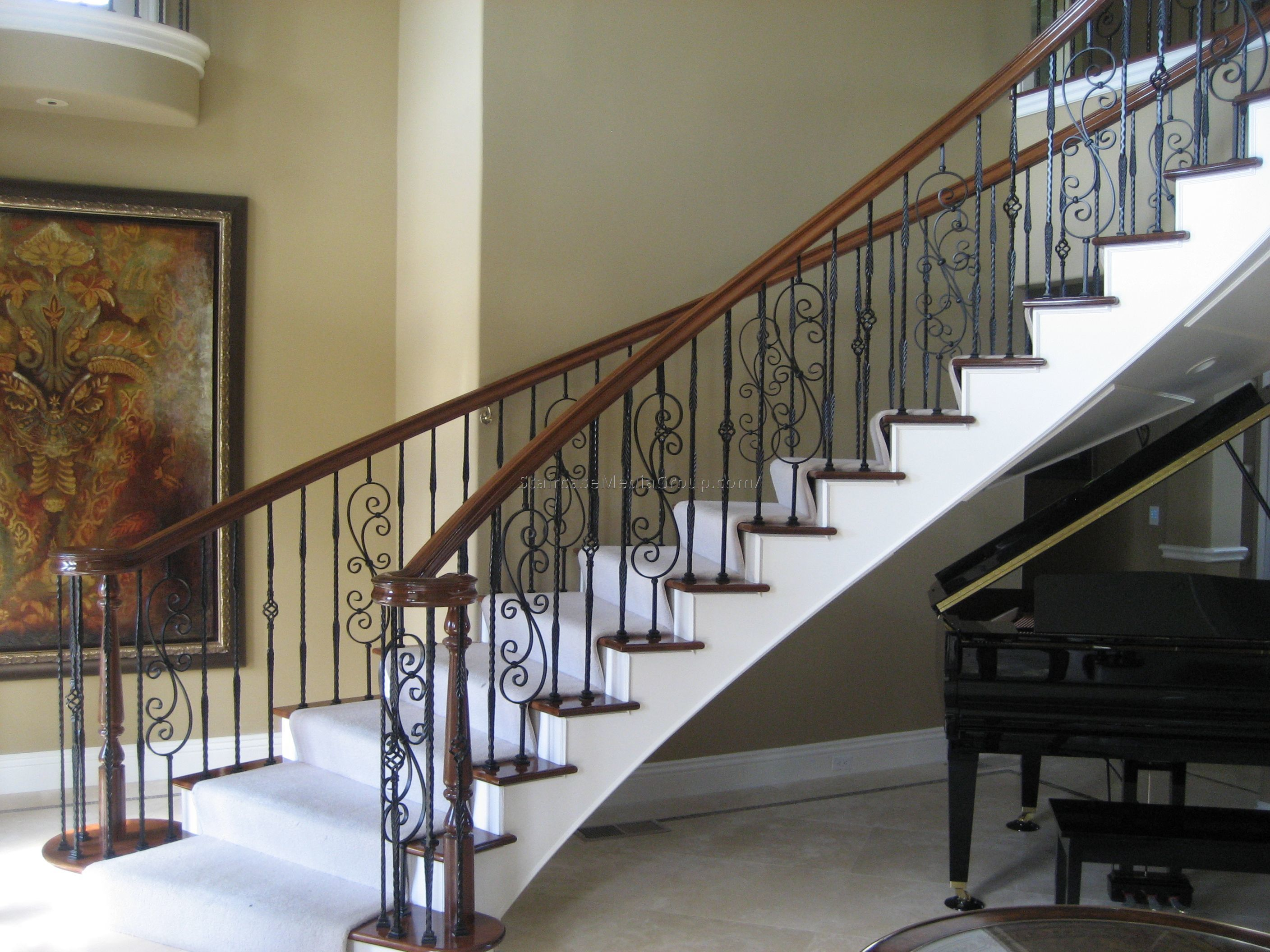 Staircase handrail design 2816 2112 spindle and handrail designs pinterest for Leroy merlin corrimano