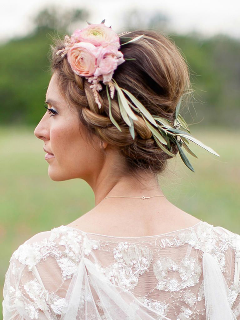 Youll swoon over these 22 dreamy flower crowns eucalyptus wreath youll swoon over these 22 dreamy flower crowns izmirmasajfo