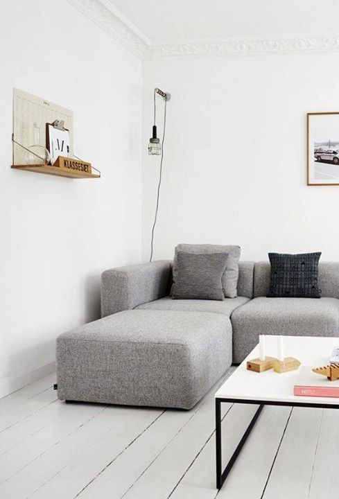 Minimalist, Couch