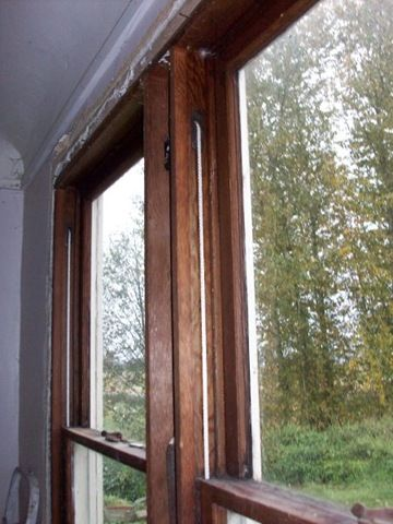 Insulating The Innards Of Antique Weighted Windows Home Repairs Restoring Old Houses Windows