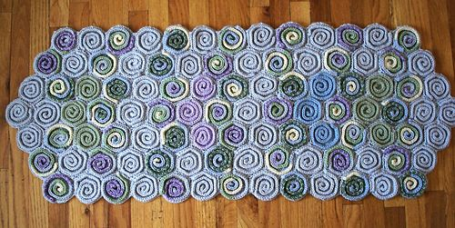 twirl and swirl rug pattern