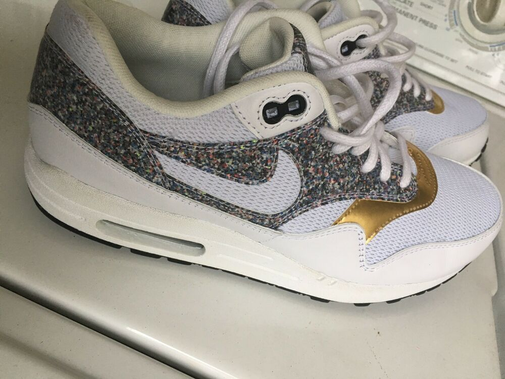Women's Sz 10 Nike Air Max 1 SE White Black Gold Shoes