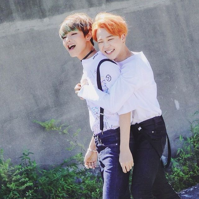 Yoonmin Cute Pictures For Wallpapers Forever Stuck In Run Era It S Self Explanatory 한국 Bts