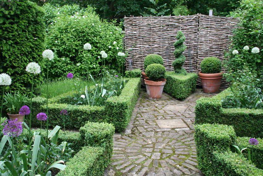 Atriumgaerten Kleine Gaerten Innenhof Atrium Oder Patio 6 Garten Traumgarten Hinterhof Garten