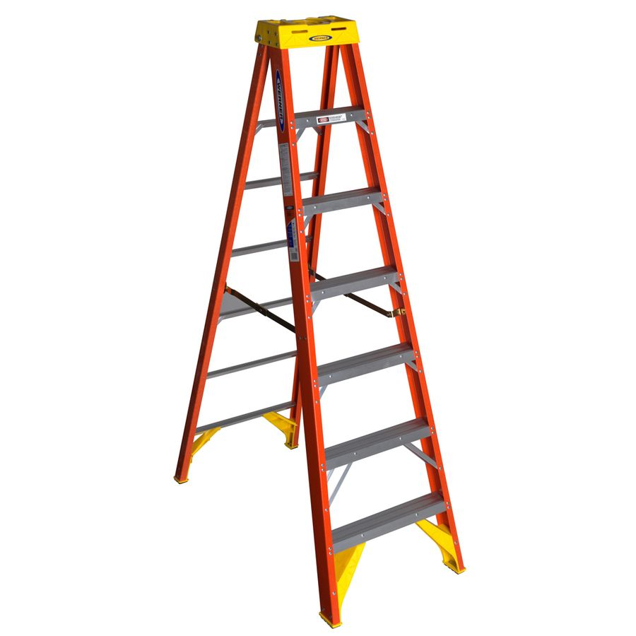 Werner 6200 7 Ft Fiberglass Type 1a 300 Lbs Capacity Step Ladder Lowes Com Step Ladders Platform Ladder Rolling Ladder