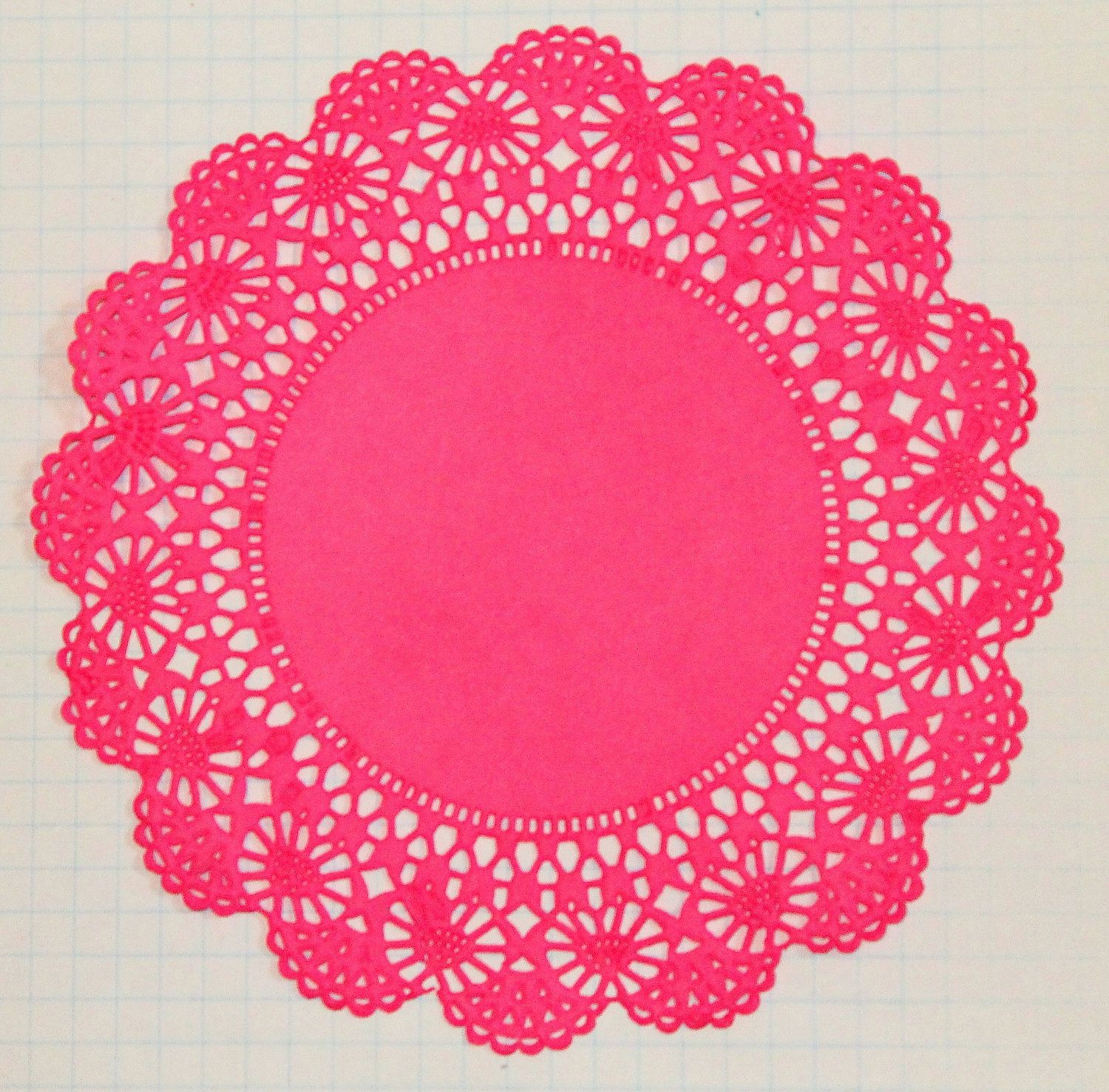 large paper doilies Extra-large paper lace doily border trim these white doily paper border trims are especially popular as decorative, old-style edgings for kitchen shelving.