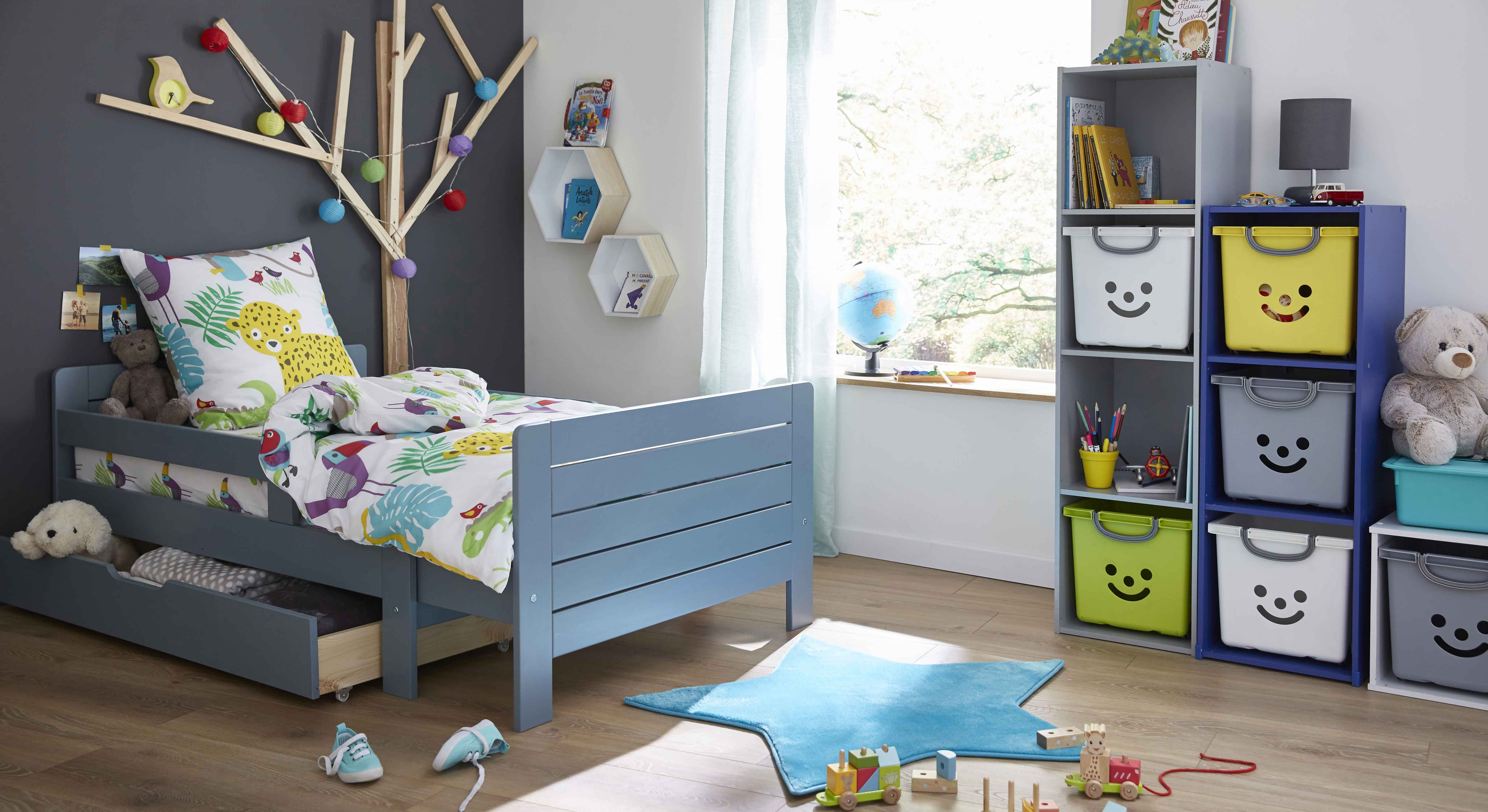 Lilou Lit Evolutif Bleu 3 Positions Pour Enfant Alinea Deco Chambre Enfant Deco Chambre Deco Chambre Garcon