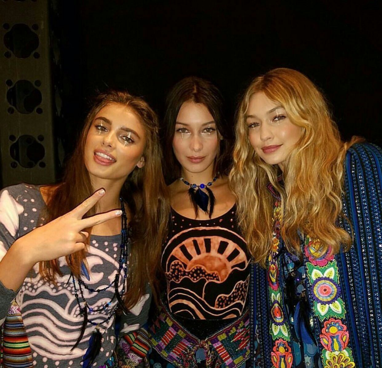 Gigi Hadid, Bella Hadid and Taylor Hill backstage at the ...