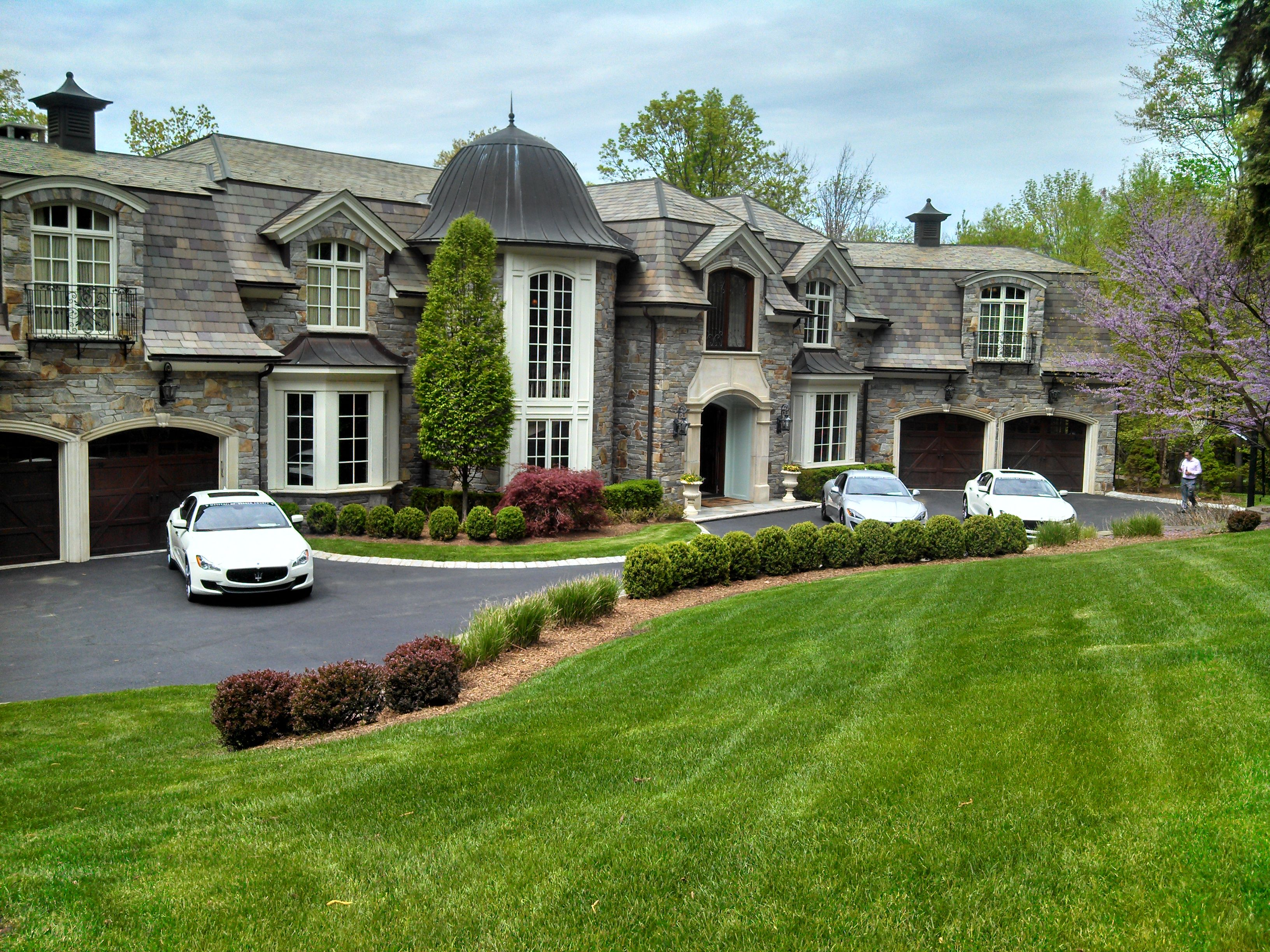 Saddle river nj google search french chateaus for Nj house builders