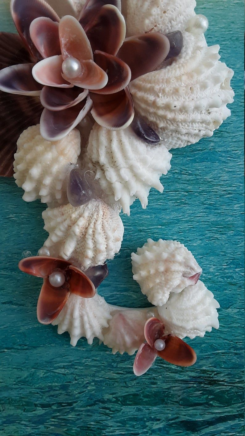 Seahorse shell ornament - 5.5 inches