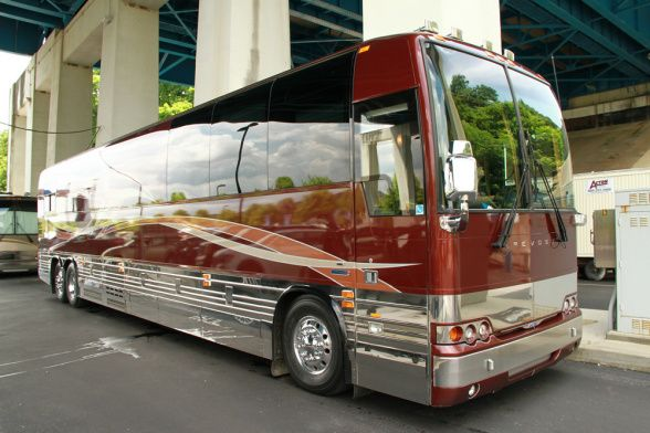 Pin By Marvon Woods On Buses Amp Tour Buses Rv Bus Luxury