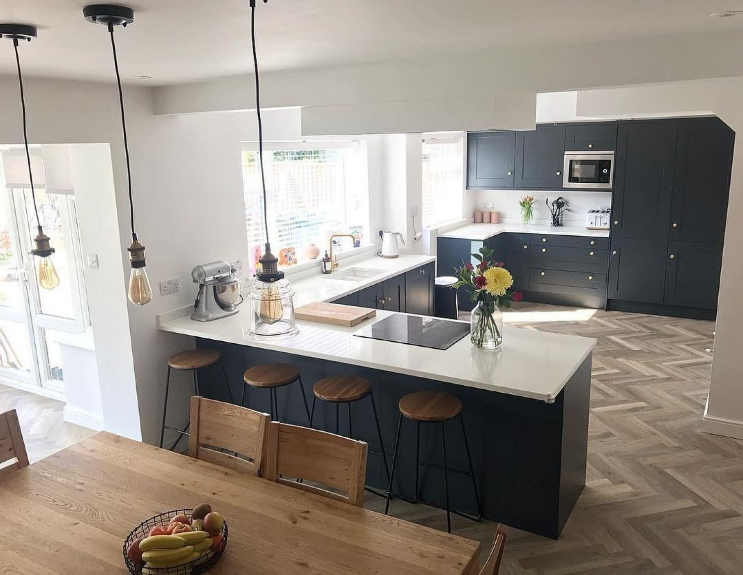 Would like a breakfast bar like this... in 9   Kitchen ...