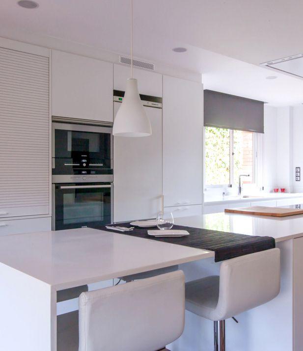 Proyecto de Clysa en Sant Cugat, Barcelona. Cocina Santos Line E en ...