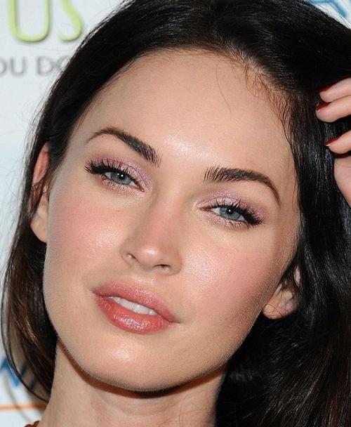 Pink Eye Shadow Megan Fox Makeup Celebrity Makeup Looks Fox Makeup